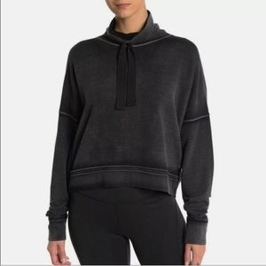 Free People Movement Lara Crop Sweatshirt in Grey